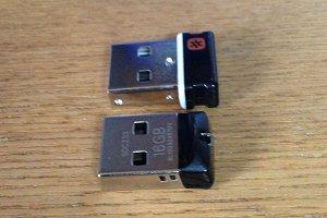 USBメモリ 横から