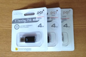 USBメモリ pqi 4G